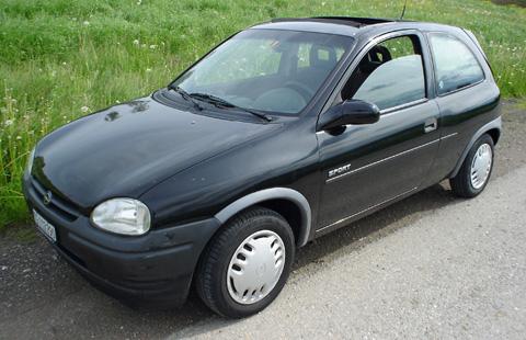 1_Opel_Corsa_schwarz__3_.JPG