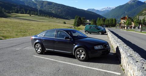 6_Audi_A6__1_.JPG