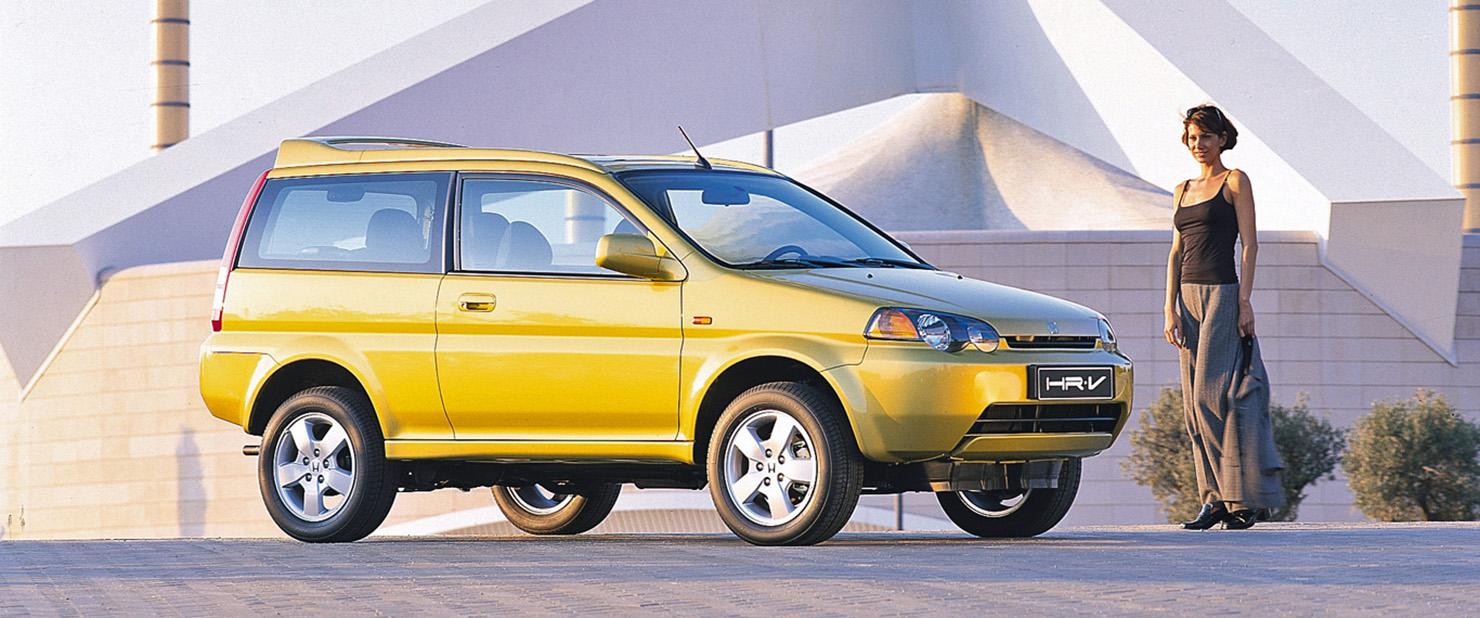 Honda-HR-V-and-lady.jpg